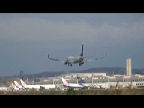 山東航空 Shandong Airlines 737-85P(B-5490) SC-4085 青島(TAO)→桃園(TPE) landing