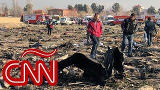 Cae vuelo ucraniano en Irán: todos los ocupantes están muertos, dice televisora iraní