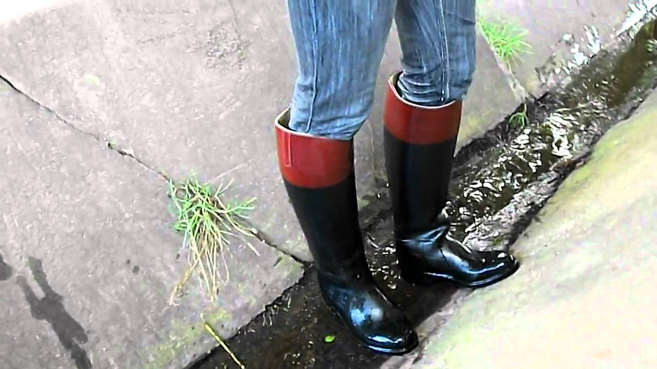 walking down the little stream in aigle riding boots.mp4 - YouTube
