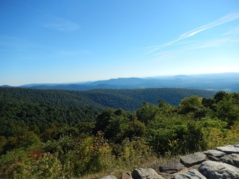 Skyline Drive, Shenandoah Valley and Blue Ridge Mountains, Virginia, USA