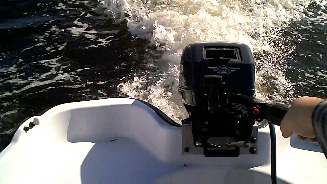 10' boat with a 15 hp outboard !!!