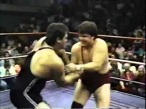 WW 2/11/89- Rotunda vs Gary Royal- Steiner Inv