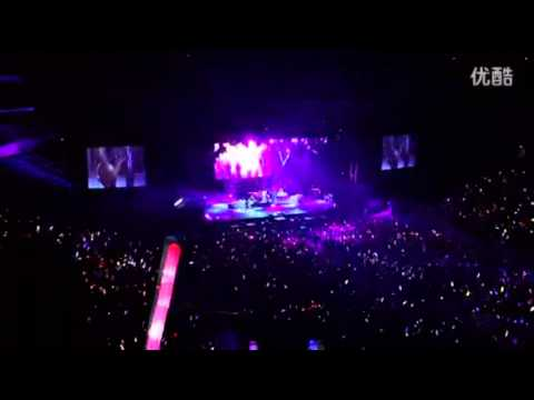 Avril Lavigne - Unwanted @