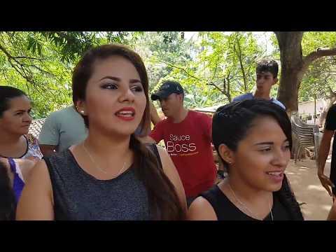 EL SALVADOR PLUS Y DINITA VIERA FELICITAN A MIRIAM CHIRINOS