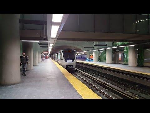 Sortie du métro de Montréal STM pour fêter le 50e anniversaire STM