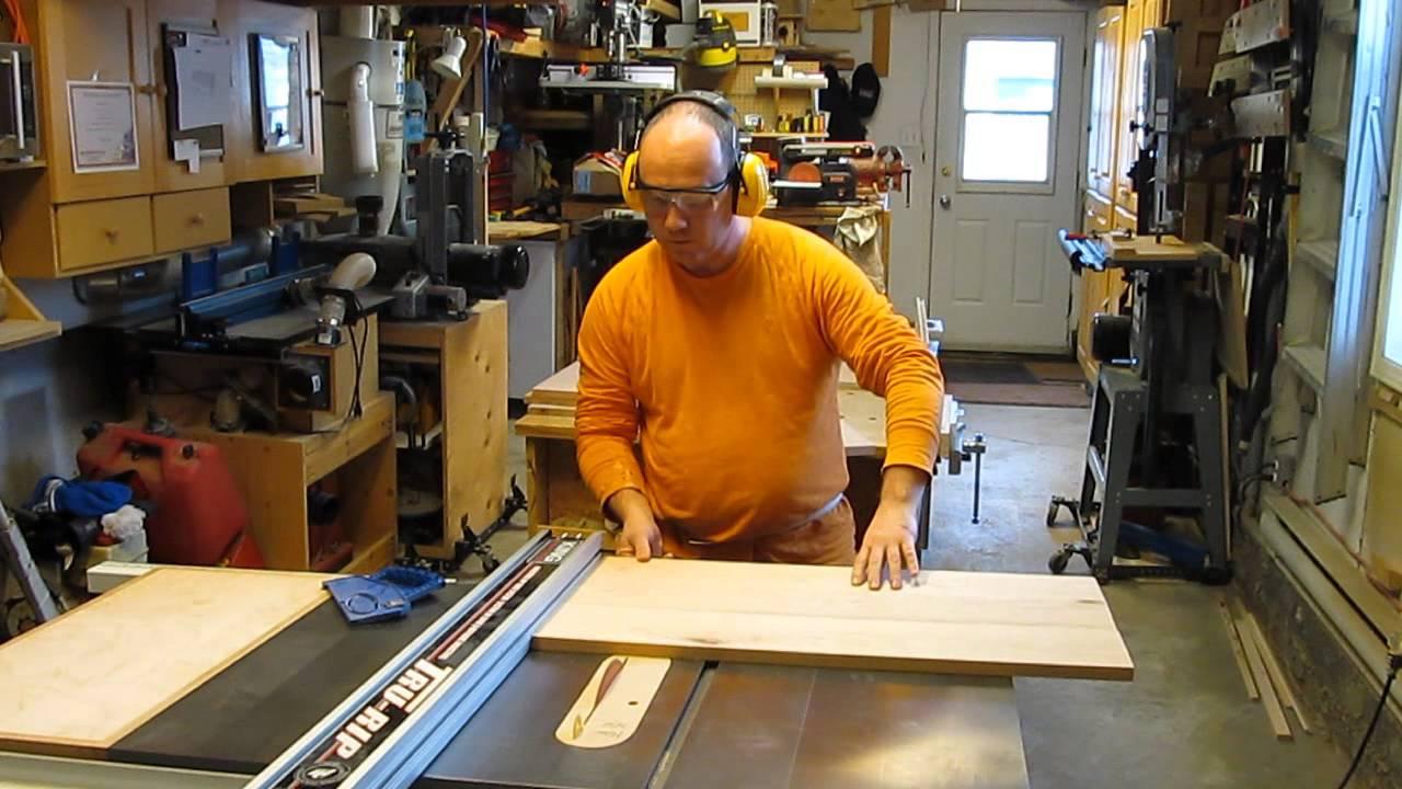 Projet table de chevet fabrication du caisson youtube - Fabriquer table chevet ...