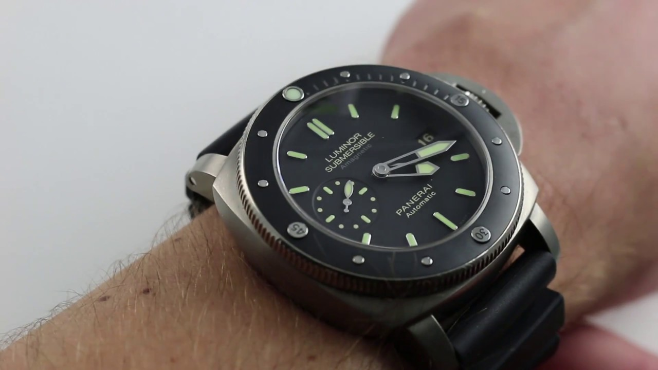 0b4a3452fcc5 Pre-Owned Panerai Luminor Submersible 1950 3 Days PAM 389 Luxury Watch  Review