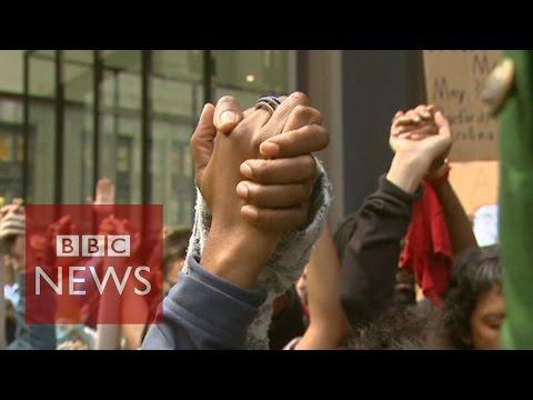 Michael Brown shooting: US cities raise hands for shot teen - BBC News