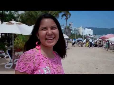 Touring the Crown Plaza Beach and Pools - Acapulco