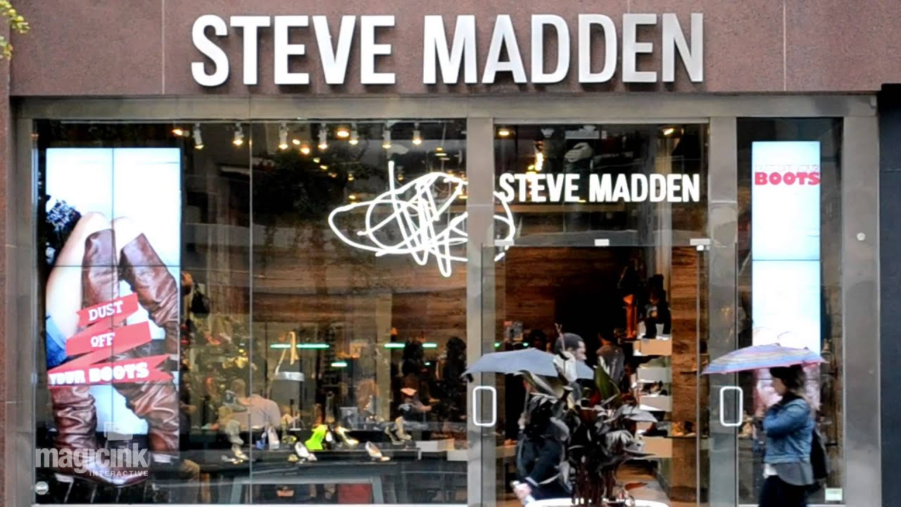 Steve Madden Magic Wall 5th Ave, NYC