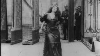 Erotic dance by Asta Nielsen in Afgrunden (1910)