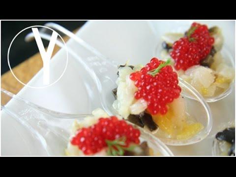 Cucharillas de bacalao ahumado con caviar rojo yocomo - Bacalao con garbanzos y patatas ...
