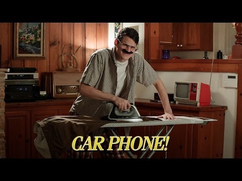 Клип JULIAN SMITH - Car Phone!