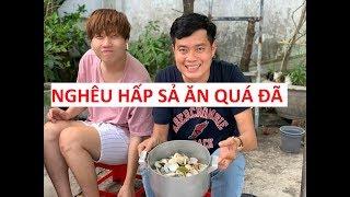 Bị bảo vệ cấm, Khương Dừa cũng lén nấu món nghêu hấp sả cực lạ, cực ngon!
