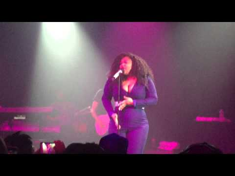 Jazmine Sullivan - Bust Your Windows Live In Philly @ The TLA