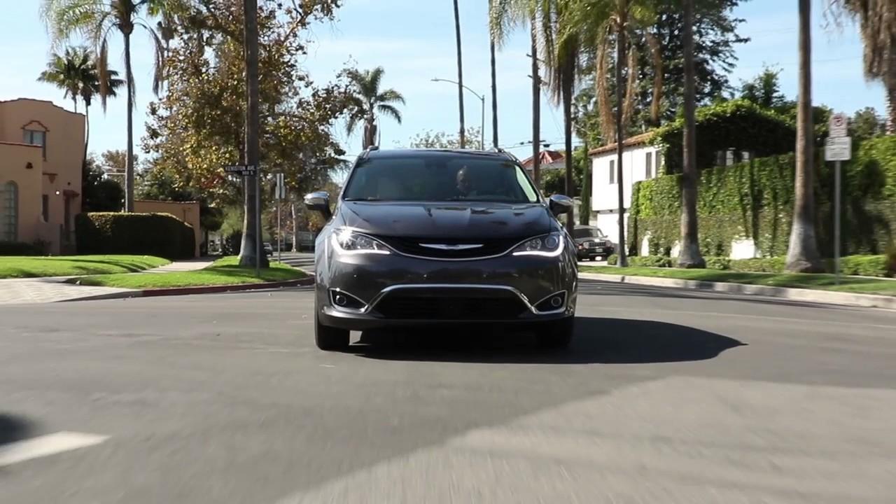 Chrysler Pacifica Hybrid Community Chrysler Of Martinsville - Chrysler dealer indianapolis