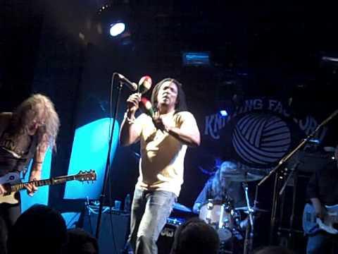 Keith Richards watches as Bernard Fowler sings Jumping Jack Flash at the Knitting Factory 5/19/09.