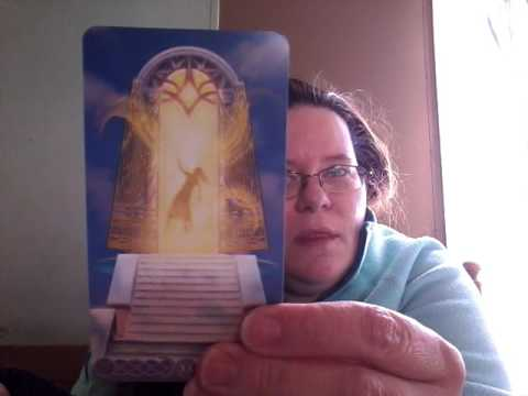 Unboxing The Triple Goddess Tarot