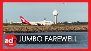 Well-wishers Gather on Sydney Beach to Say Farewell to Last Qantas Boeing 747 Before it is Scrapped
