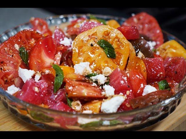 Heirloom Tomato & Watermelon Salad #MeatFreeMonday | CaribbeanPot.com