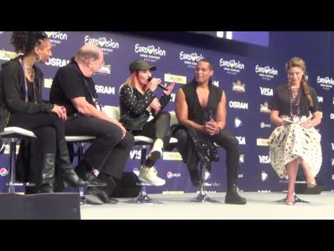ESCKAZ in Kyiv: Valentina Monetta & Jimmie Wilson (San Marino) meet & greet