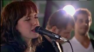 Baixar TIÊ - MTV - SHOW NA BRASA - 3º Bloco - Para alegrar o meu dia/Você não vale nada/Chá Verde (2011)