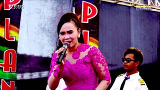 Download Berbeza kasta - Cici amanda - Planet top dangdut