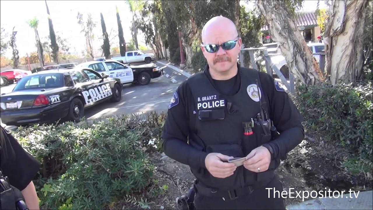 Stripper offers preacher lap dance, police warn of potential violence, both cops hear the Gospel