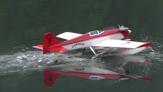 テトラ製コンドル10クラスの水上機の離着水と飛行です。 パイロットは紅の豚が搭乗しています。 機体&フロート / テトラ製バルサキット、絹張...