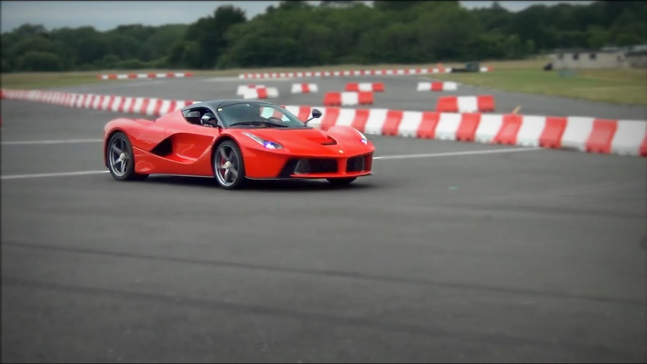 Ferrari LaFerrari on Top Gear track goes flat-out and downshifts!!