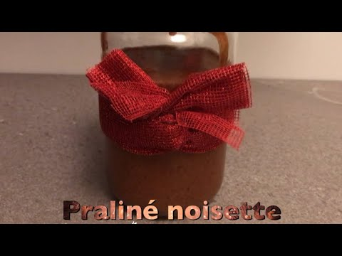 praliné-noisette:-comment-torréfier-et-monder-les-noisettes-et-préparer-le-caramel-à-sec?