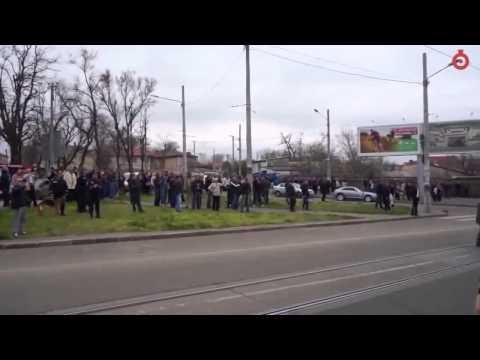 ДРАКА в Одессе ВДВешники против правого сектора (ЖЕСТЬ) .