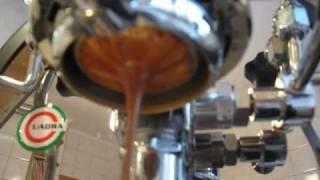 Morning double espresso with La Nuova Era Cuadra
