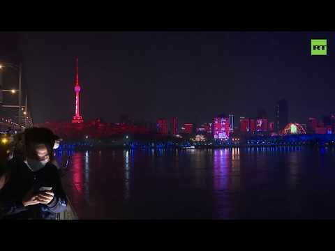 Возвращение к обычной жизни: власти Китая открыли Ухань впервые с конца января