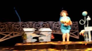 Лицедеи. Премьера спектакля Old School(Премьерный показ спектакля Old School в театре Лицедеи. Видео - Павел Вагапов (Дипломат.ру - http://diplomatru.ru/), 2012-09-26T21:32:56.000Z)