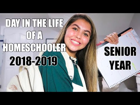 DAY IN THE LIFE OF A HOMESCHOOLER! SENIOR YEAR! CLASS OF 2019!