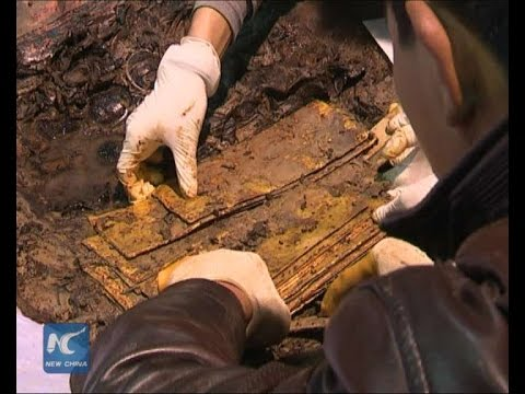 Largest discovery of gold reported in ancient Chinese tomb