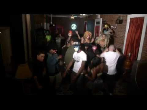 Harlem shake- WHAT! FATMAN SCOOP does the best HARLEM SHAKE EVER!!!