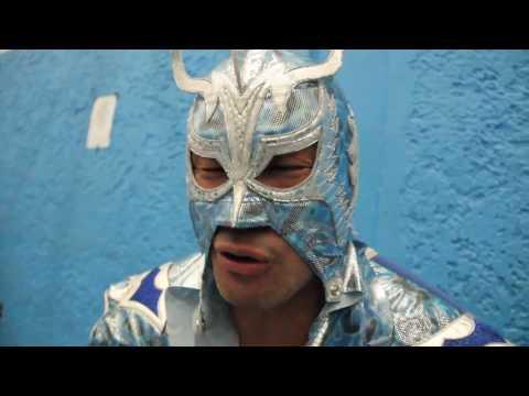 """""""Si yo no hubiera venido a México, yo no existiría ya que aqui nací como luchador"""" ÚLTIMO DRAGON"""
