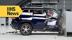Passenger-side tests of midsize SUVs reveal some major flaws - IIHS News