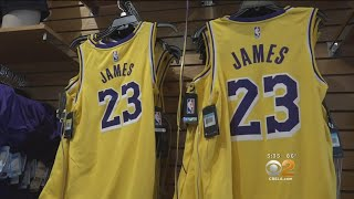 Lakers' New 'Showtime' Design