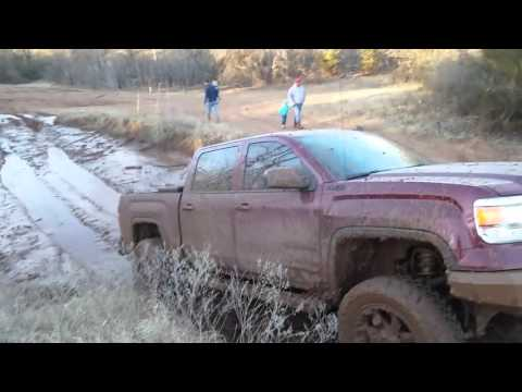 2014 GMC SIERRA Z71 MUDDING & MODS