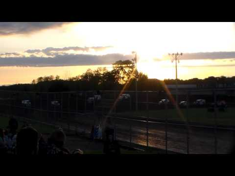 Modified Heat 1 @ Boone Speedway 05/27/17