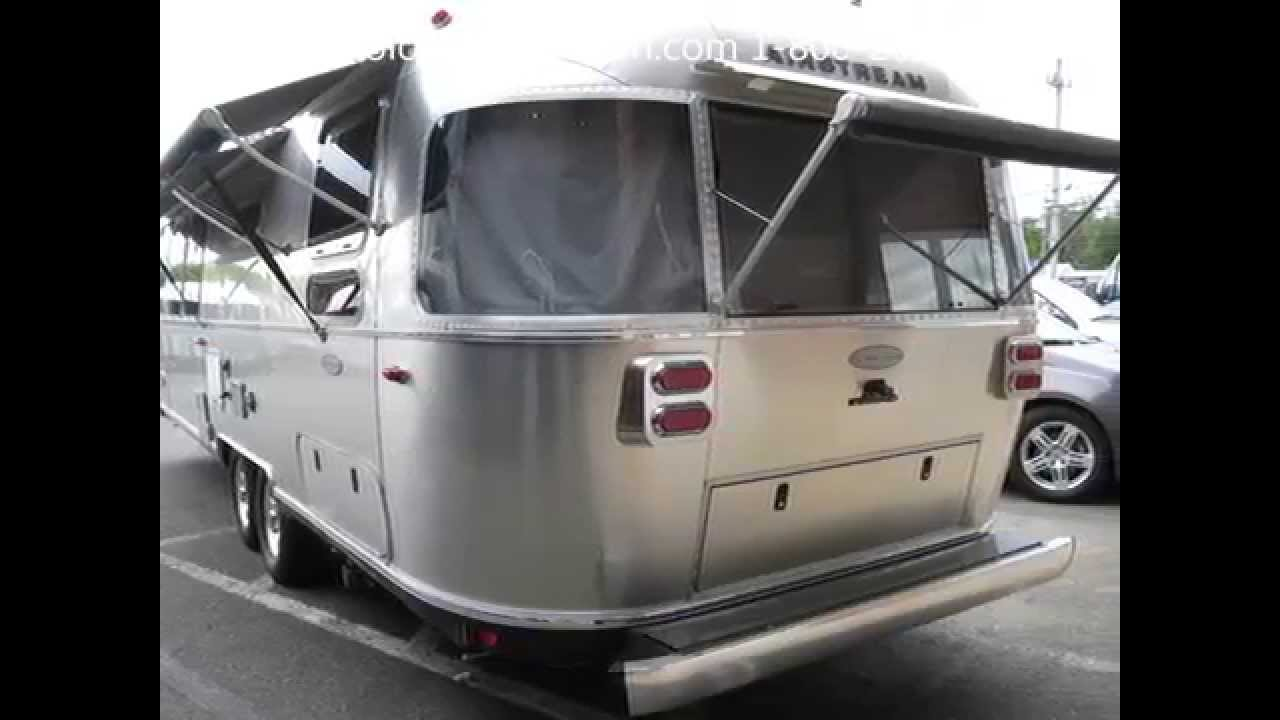 Model Super 2016 Airstream Flying Cloud 30A Rear Twin Bed Camping Trailer - YouTube