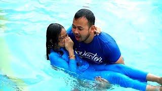 PAPA AYO BERENANG 😃 Parodi Anak menyelamatkan Jessica Jenica