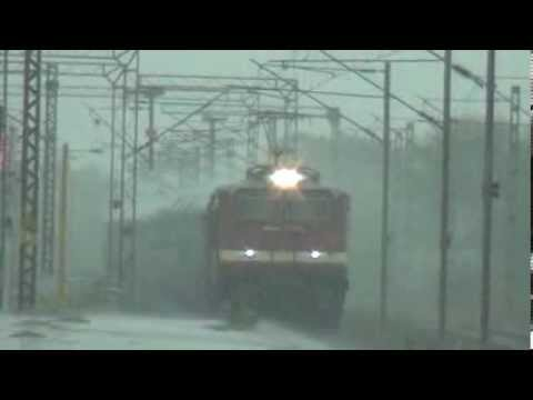 SWARAJ EXP IMPRESSIVELY ACCELERATES IN RAINS BEHIND A BRC WAP-4E# 22701 Travel Video