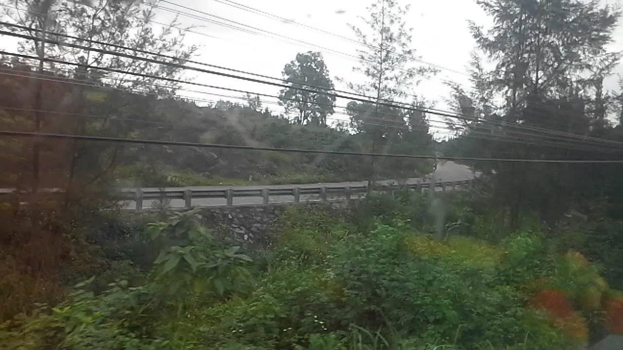 Du lịch xuyên Việt-tàu hỏa sắp qua Đèo Hải Vân-16.