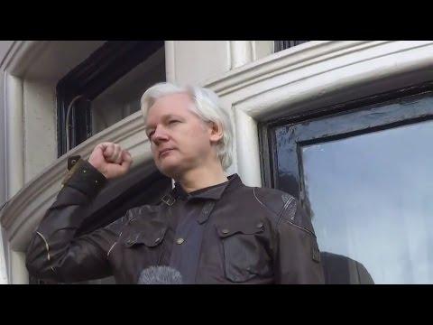 Wikileaks: Julian Assanges unheimliche Anspielungen zu Angela Merkel