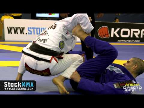 Ezekiel Zayas Latorre vs Carlos Kazuo Kihara (Final - BJJ European 2013)