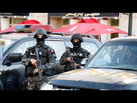 فيديو: من هي المرأة التي فجرت نفسها في تونس؟.. وشهود عيان يروون التفاصيل…